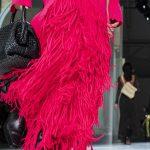Pour l'automne 2020, le sac Weekender est devenu le fourre-tout incontournable de la mode